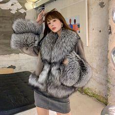 Rabbit Fur Vest, Fox Fur Vest, Fur Collar Jacket, Fabulous Fox, Mink Fur, Fur Fashion, Types Of Collars, Fur Collars, Warm Jackets
