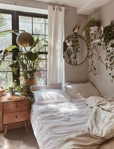Home Decoration Bedroom .Home Decoration Bedroom Boho Bedroom Decor, Room Ideas Bedroom, Earthy Bedroom, Bedroom Inspo, Bedroom Designs, Modern Bedroom, Bedroom Small, Bedroom Vintage, Bohemian Decor