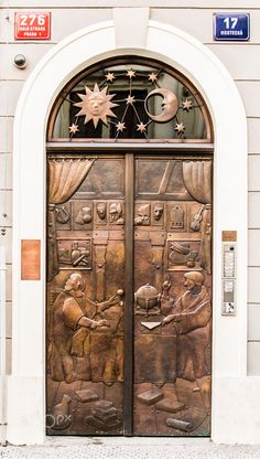 Prague, Czech Republic celestial door Best Picture For apartment entrance For Your Taste You are looking for something, and it is going to tell you exactly what you are looking for, and you didn't fin Door Knockers, Door Knobs, Door Handles, Cool Doors, Unique Doors, Entrance Doors, Doorway, Grand Entrance, Doors Galore