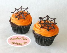 Google Image Result for http://www.cupcakes-plain-and-fancy.com/images/Spider-Web-Halloween-Cupcakes.jpg