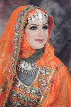How To Live Like An Omani Princess Omani Traditional