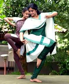 Dance Photography Poses, Indian Girls, Indian Actresses, Dancing, Spirituality, Celebrity, Drawings, Women, Dance