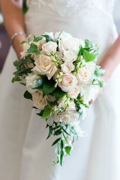 Our Wedding Ceremony: The Dress, Bridesmaids, and Flowers!MEMORANDUM, formerly The Classy Cubicle