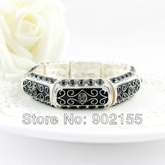 2013 New Fashion Jewelry Vintage Carved Enamel Rhinestone Christmas Gifts Bangles And Bracelets For Women $5.58