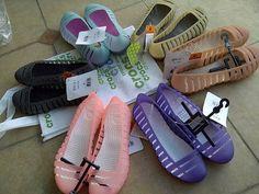 adrina ll croc shoe | DINOMARKET® : PasarDino™-Crocs Adrina Flat II