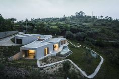 Architectural Zig Zag Holiday House in Portugal – Fubiz Media