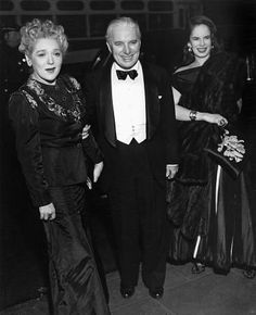Premiere of MONSIEUR VERDOUX, New York City, April 11, 1947 - Mary Pickford, Charlie and Oona.