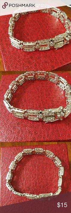 sterling silver 925 cz  bracelet 925 stamped.  very pretty bracelet. Jewelry Bracelets