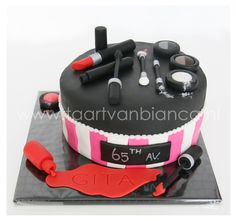 Make up cake by taart van Bianca