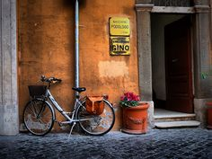 File:Rome's bikes 04.jpg