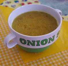 Csipetfalat: Szalonnás-hagymás krémleves Cheeseburger Chowder, Onion, Soup, Soups, Onions, Chowder