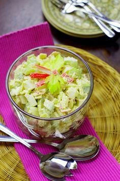 avocado and surimi salad /sałatka z awokado i paluszkami krabowymi surimi