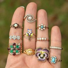 Antique Rings Trademark Antiques on Etsy Gold Rings Jewelry, Antique Jewelry, Jewelery, Vintage Jewelry, Fine Jewelry, Jewelry Box, Jewelry Making, Small Engagement Rings, Antique Engagement Rings