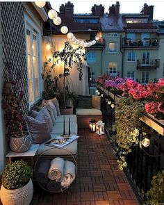 Nice 60 Cozy Apartment Balcony Decorating Ideas https://decorecor.com/60-cozy-apartment-balcony-decorating-ideas