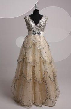 V-neck Floor-length Ball Gown Tank Sleeve #Prom #Dress Style Code:06622 $159