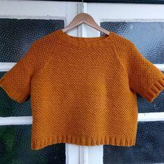 eae33d70 Last week I finished my #nurturedsweater by @dreareneeknits in #bruscayarn  from @retrosariarosapomar