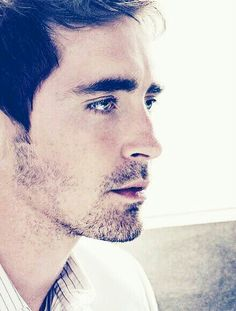 Lee Pace as Carrick Grey because he's just unbelievably hot and old enough to be a dad although he's probably the same age as my other dream casters