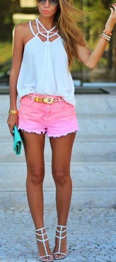 4743d2d98c0 Women Outfits With Hot Pink Shorts