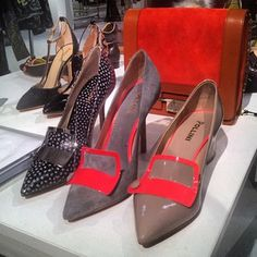 @Pollini celebrates its 60th birthday with a killer accessories collection for #aw13 - love love love the shoes!