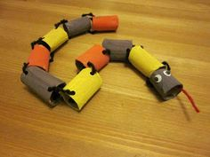 Toilet paper roll snake craft  http://kid-craft-ideas.blogspot.com.au/2012/09/toilet-paper-roll-crafts-for-kids.html?m=1
