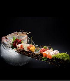 Sashimi Sushi, My Sushi, Sushi Hiro, Japanese Food Sushi, Japanese Dishes, Sushi Platter, Sushi Party, Salmon Sushi, Sushi Recipes