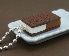 Imagine walking around with this on your neck? It just screams fat kid! It looks pretty tasty though.