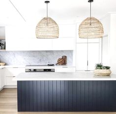 4 Simple and Ridiculous Tips and Tricks: Narrow Kitchen Remodel Drawers kitchen remodel modern family rooms.Simple Kitchen Remodel Before After kitchen remodel rustic bedrooms. Rustic Kitchen, New Kitchen, Kitchen Ideas, Kitchen Decor, 1950s Kitchen, Cheap Kitchen, Kitchen Layout, Colonial Kitchen, Medium Kitchen