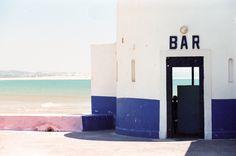 bar & beach