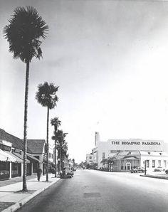 Los Robles & Union looking south toward Colorado St. about 1941 :: Pasadena Public Library