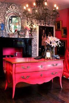 I want this hot pink dresser. Now.    Google Image Result for http://3.bp.blogspot.com/_0GBYGBG_nxs/SgC4dZnTjnI/AAAAAAAAOig/e5wgknVrZLQ/s400/Interior.jpg