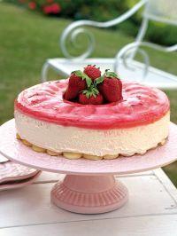 Easy Strawberry Cheesecake Dessert