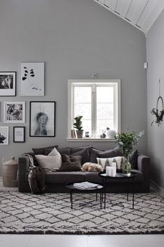 gallery wall via emsloo.blogg.se # Scandinavian #monochrome #cottage