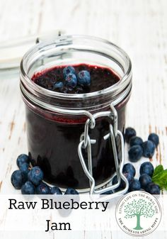 Blueberry jam with only 4 ingredients and ready in 10 minutes? You bet! The Homesteading Hippy #homesteadhippy
