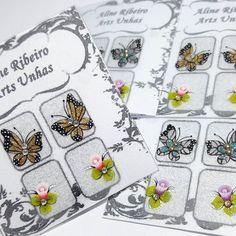 Borboletinhas querendo pousar nas unhas de alguém 😍 💅 & botõesinhos de rosas para deixar a esmaltação com o ar todo delicado⚘⚘⚘ Boa tarde❣❣❣ .. .. #adesivosdeunhas  #adesivosfeitoamao  #adesivosartesanais  #unhasdecoradas #unhasdediva #unhaslindas #unhasbonitas #unhascharmosas  #unhasluxo  #feitoamão  #trabalhoartesanal  #borboleta  #butterfly  #esmalteearte  #unhasearte  #instadeunhas #esmalteria  #vicioemunhas