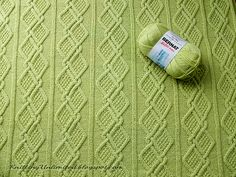 Ravelry: Moss Diamonds Cabled Baby Blanket pattern by nalhcib Bernat Baby Blanket, Blanket Yarn, Knitted Baby Blankets, Knitted Blankets, Baby Blanket Crochet, Infinity Scarf Knitting Pattern, Cable Knitting, Knitting Stitches, Cable Needle