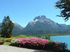 Lago Nahuel Huapi en San Carlos De  Bariloche, provincia de Rio Negro,  Argentina