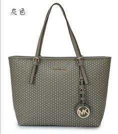 700d5572266bed #Love Cheap Michael Kors, Michael Kors Outlet, Michael Kors Bag, Handbags  Michael
