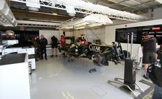 F1 Garage