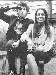 bob dylan & joan baez voices of a generation Bob Dylan, Joan Baez, Alternative Rock, Hip Hop, Idole, Music Icon, Music Music, Folk Music, Punk