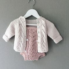 Create, Sweaters, Fashion, Tricot, Threading, Moda, Fashion Styles, Sweater, Fashion Illustrations