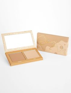 Shop kylighters makeup products by Kylie Cosmetics. Selection of Kylie Jenner's face highlighters - french vanilla, banana split, strawberry shortcake and more. Kylie Jenner Face, Kylie Lips, Kylie Lip Kit, Shimmer Lights, Kylie Cosmetic, Natural Eye Makeup, Skinny, Makeup Inspo, Makeup Ideas