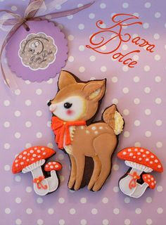 Fawn and mushrooms cookies Sweet Cookies, Iced Cookies, Cute Cookies, Yummy Cookies, Fall Cookies, Christmas Sugar Cookies, Christmas Treats, Christmas Biscuits, Cupcakes