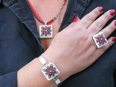 Folk Embroidery Bulgarian jewelry set necklace ring bracelet with Ethnic folk art embroidery shevitsa Flower Embroidery Designs, Folk Embroidery, Learn Embroidery, Cross Stitch Embroidery, Embroidery Patterns, Ethnic Jewelry, Antique Jewelry, Wedding Day Timeline, Embroidery Techniques