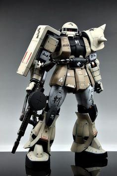 PG 1/60 Zaku II ver. Desert - Painted Build
