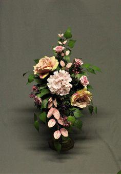 Dekoracja nagrobna komplet bukietwiązanka Dekoracja image 1 Floral Wreath, Wreaths, Etsy, Vintage, Home Decor, Homemade Home Decor, Flower Crown, Deco Mesh Wreaths, Vintage Comics