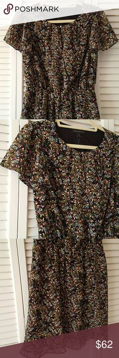 Banana Republic Chiffon Flutter Dress Petite S Beautiful chiffon floral dress perfect for everyday in the upcoming spring and summer season! A delicate floral pattern of greens, mauves and baby blues this dress is so soft and moves with you. Faux cross front has a gorgeous button closure, hidden snap and elastic waist. Flutter sleeves and slip linning finish it to perfection! Banana Republic Dresses