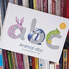 "Recenzja książki ""Animal abc - book to look"""
