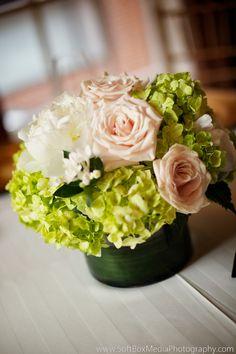 garden roses, peonies, bouvardia, hydrangea in this green, peach, white centerpiece | bergeronsflowers.com | softboxmediaphotography.com