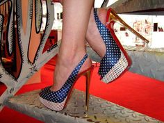 Christian Louboutin Heels uploaded by HeelsFans Hot High Heels, Sexy Heels, Gorgeous Heels, Beautiful Shoes, Nylons, Pantyhose Heels, Christian Louboutin Outlet, Killer Heels, Me Too Shoes