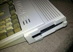 Commodore Amiga 1200 -  gotek